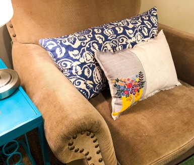 Featured Photo Beck by Design Placemat to Pillow